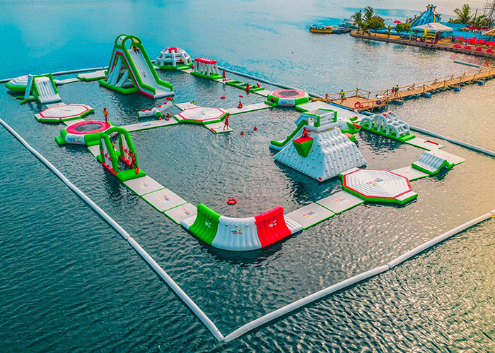 ps25724399-seaside_resort_inflatable_water_park_sea_floating_water_park_with_2_years_warranty